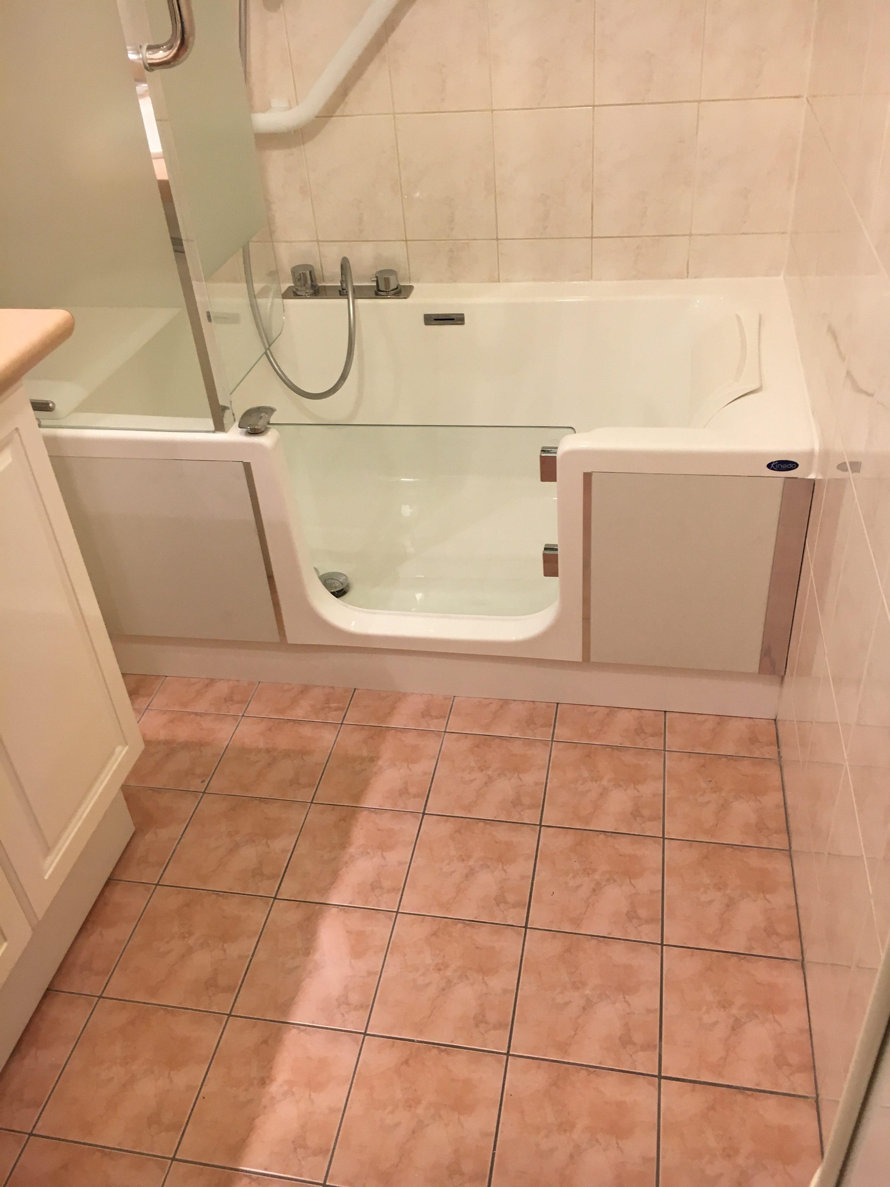 Pose de baignoire à porte avec douche – Saintry-sur-seine